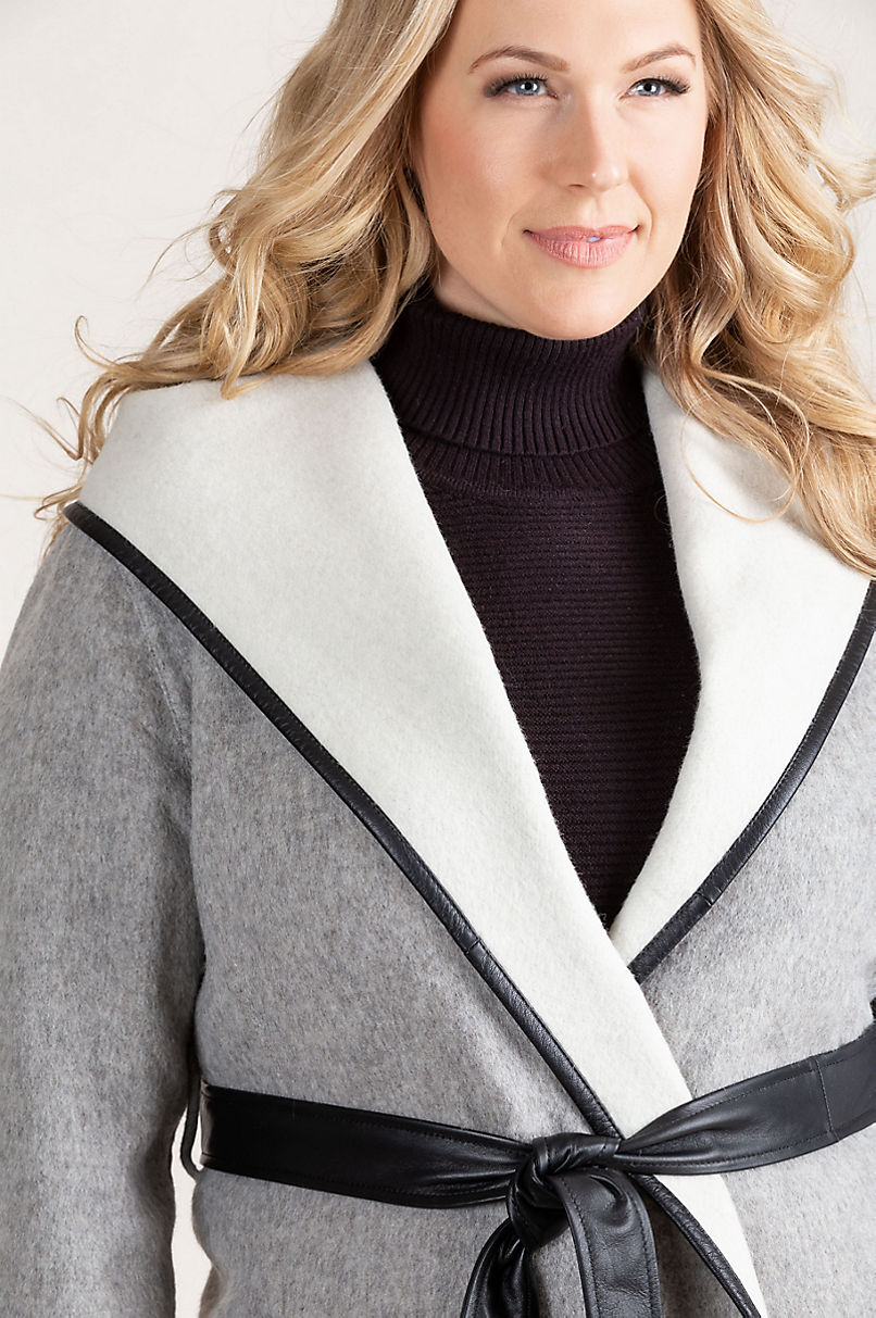 Annette Hooded Peruvian Alpaca Wool Coat – Plus (18 – 24)