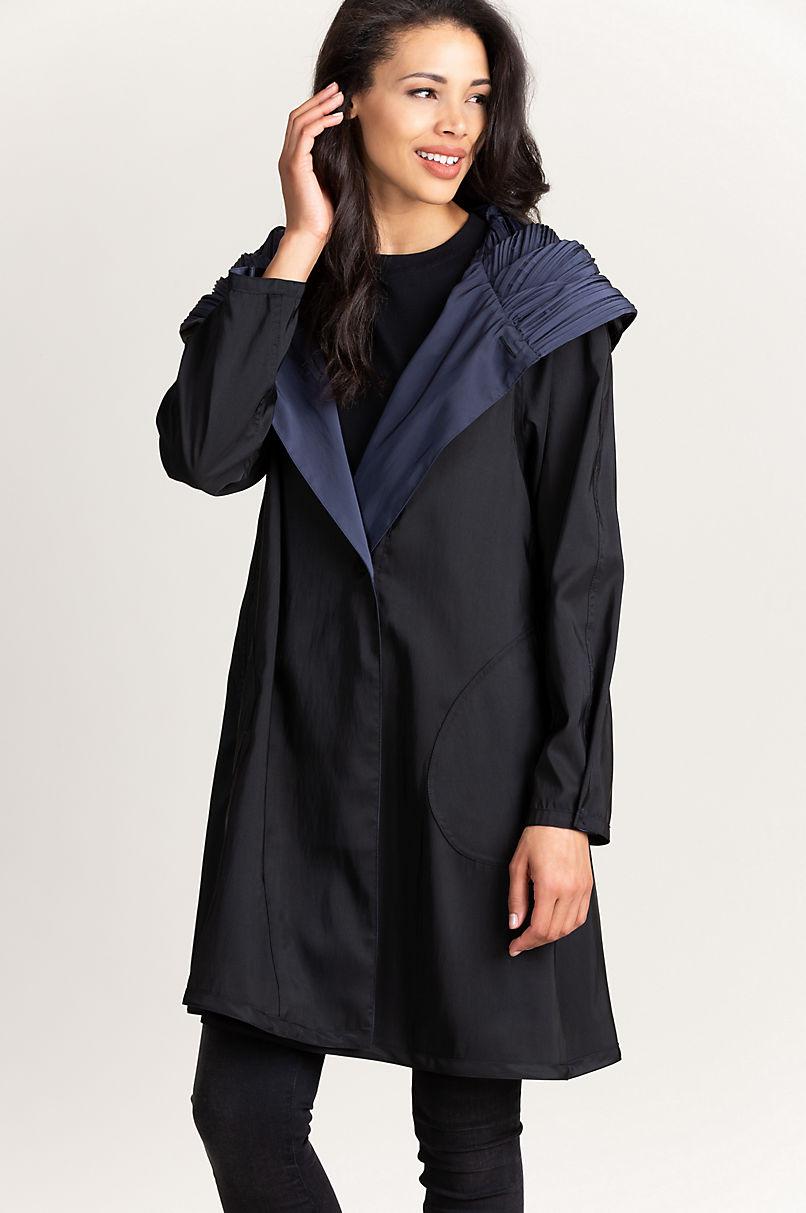 Donna Reversible Hooded Packable Raincoat Jacket