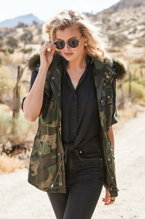 Alexis Camouflage Vest with Rabbit Fur Lining and Detachable Fur Hood