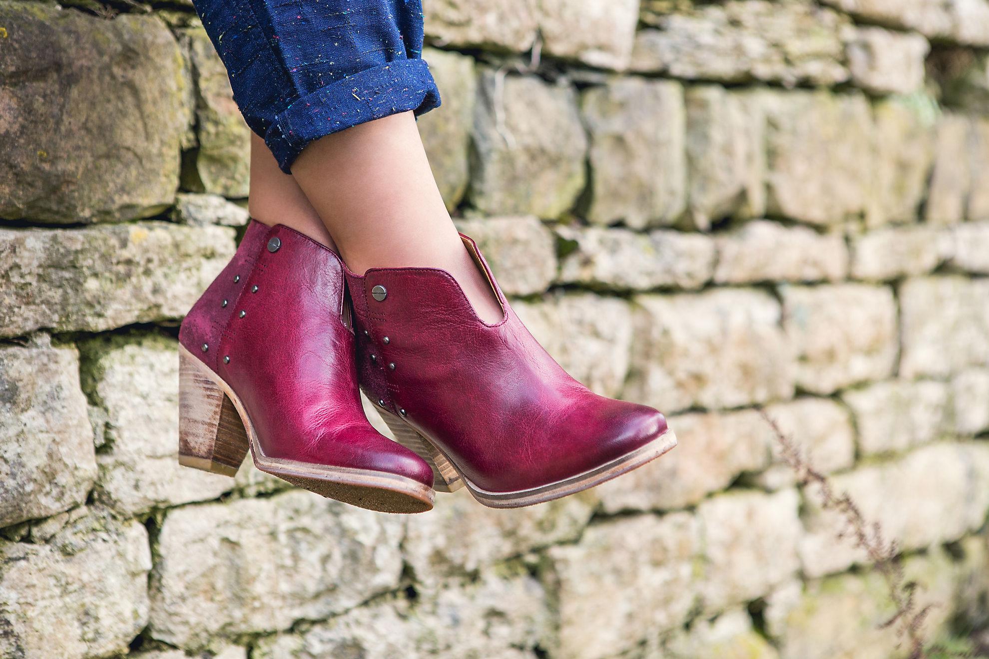 Women's J Shoes Elsa Short Leather Boots