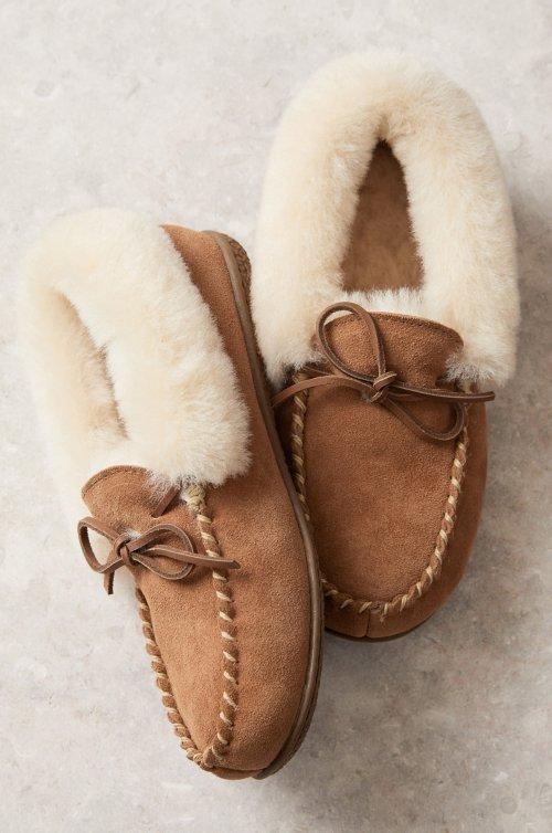 Women's Taylor Australian Merino Shearling-Lined Suede Moccasin Slippers