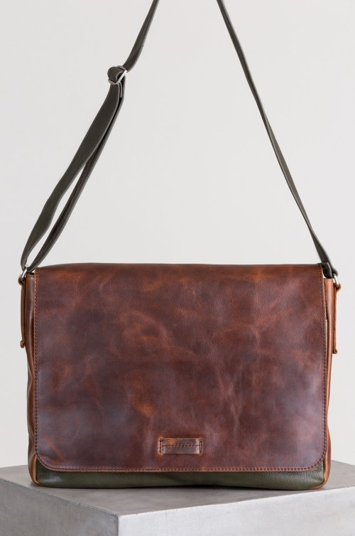 Princeton Distressed Argentine Leather Convertible Messenger Bag
