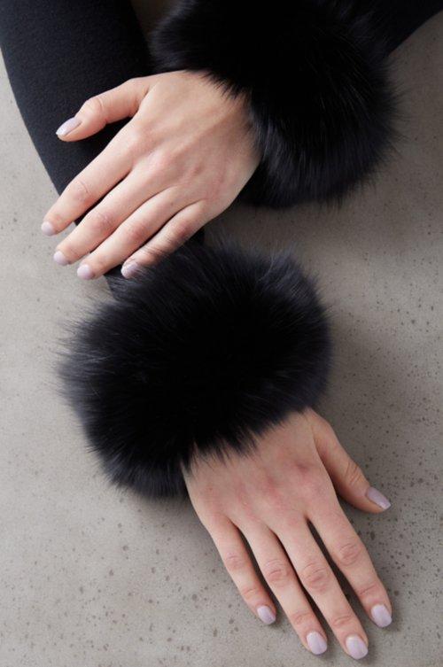 Women's Fox Fur Snap Cuffs