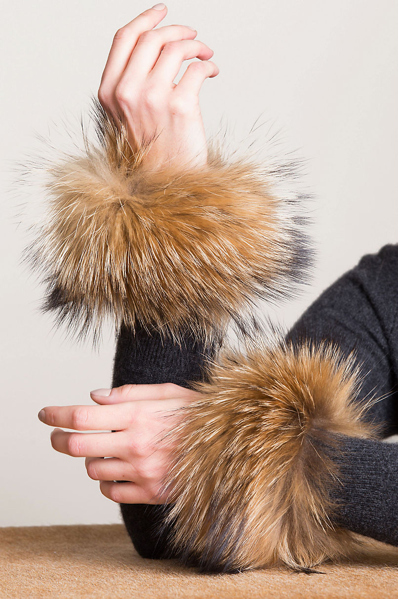 Women's Finnish Raccoon Fur Snap Cuffs