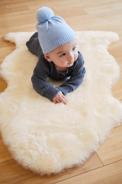 Short Wool Sheepskin Baby Rug