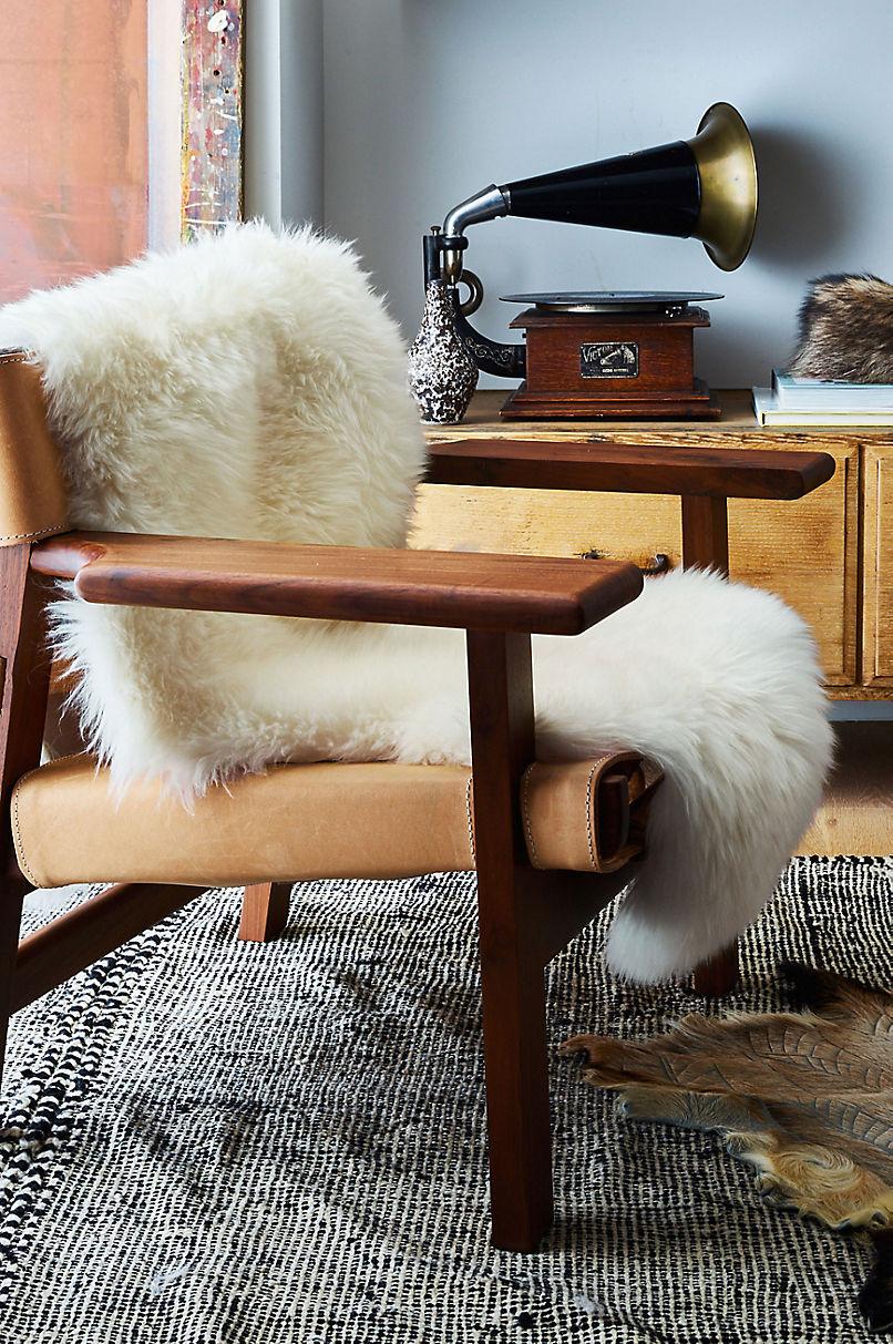 1.5-Pelt (2' x 4.6') Premium Australian Sheepskin Rug