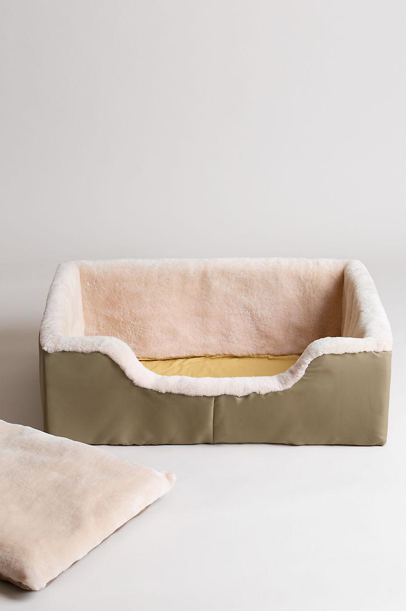 """24"""" x 35"""" Large Sheepskin Pet Bed"""