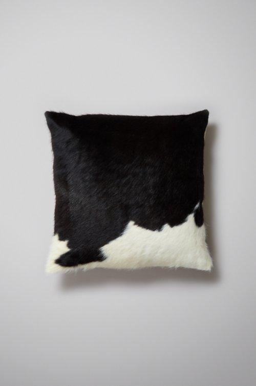 "19.5"" x 19.5"" Argentine Cowhide Pillow"